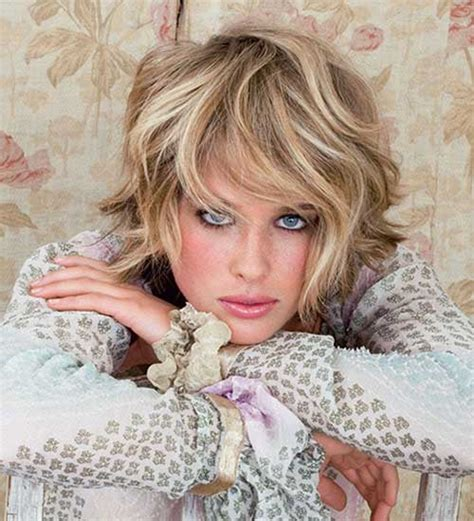 2015 curly hair or straight 35 short wavy haircuts the best short hairstyles for