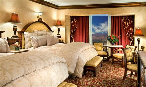 Peppermill Rooms by Tuscany Tower Suites Reno Hotel Nv Peppermill Casino Hotel