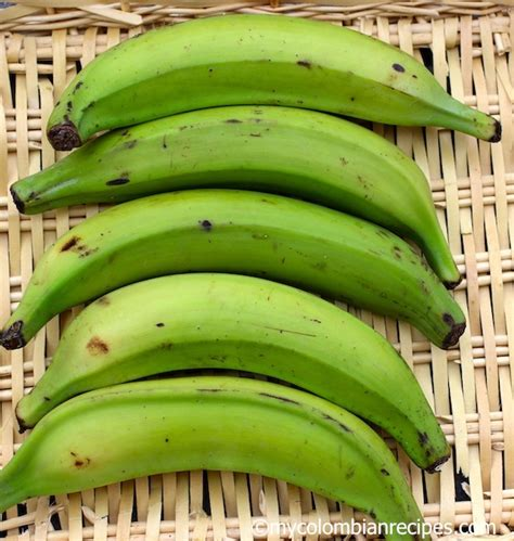 imagenes platanos verdes pl 225 tano verde green plantain my colombian recipes