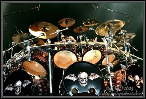 tutorial drum avenged sevenfold the rev s amazing triple bass kit from avenged sevenfold