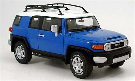 blue toyota fj cruiser toyota fj cruiser blue autoart diecast model car 1 18