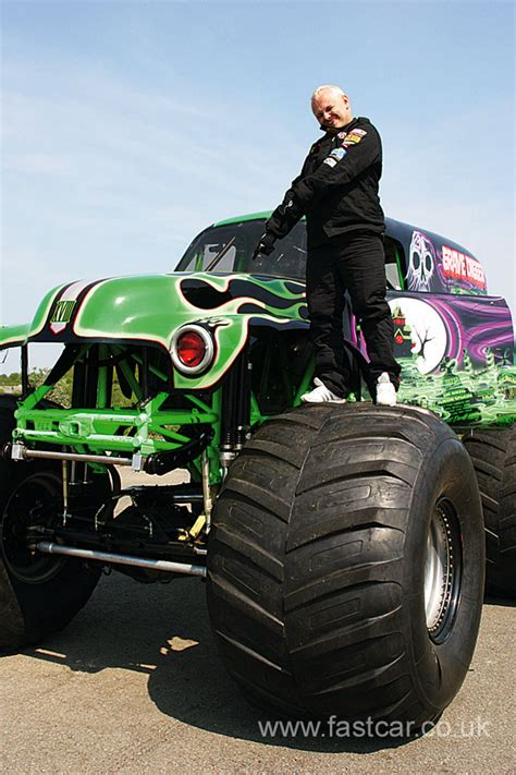 the grave digger truck grave digger truck fast car