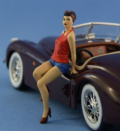 Pin Resin Mandiri 1 1 24 pin up figure sitting on the painted northstarmodels