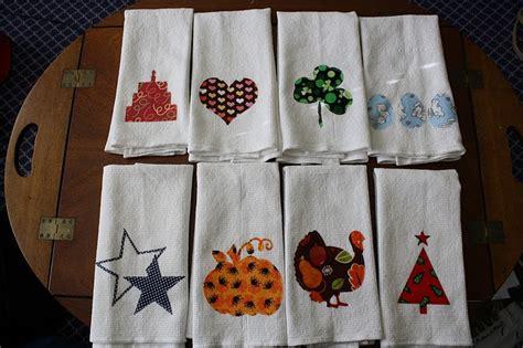 designer jules holiday kitchen towels