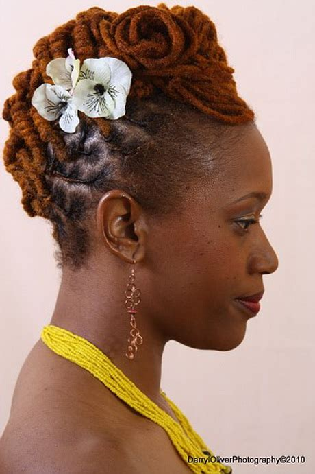 black women mohawk hairstyles and dreads in the middle dreadlock hairstyles