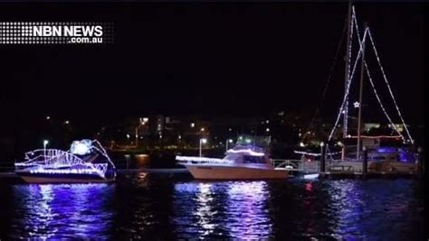 float your boat lake macquarie float your boat lights up the lake nbn news