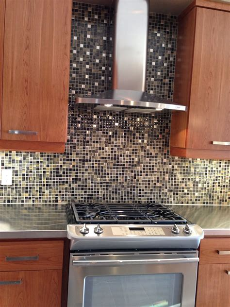 Chimney Fan Kitchen - chimney fan quot cave quot model home