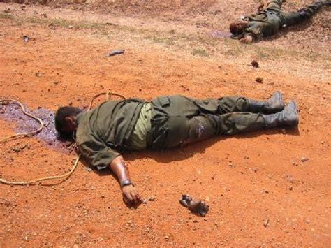 imagenes satanicas muy fuertes muertos en guerra fotos muy fuertes dogguie