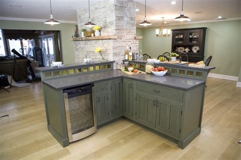 country cousins kitchens 1000 ideas about kitchen cousins on small