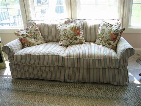 striped couch 3190621796 f1099d9dd7 z jpg zz 1