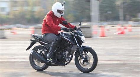 Behel Honda Monkey ride all new honda cb150r streetfire lebih ringan