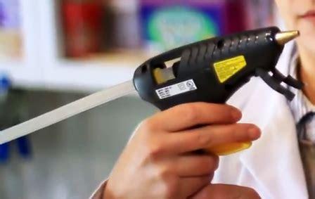 Lem Glue Gun Batangan cara membuat kaligrafi timbul dengan glue gun lem tembak