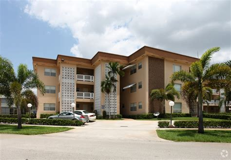 houses for rent in hollywood fl lomar apartments rentals hollywood fl apartments com