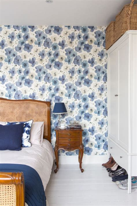 Blaue Tapeten Schlafzimmer by Fabulous Wallpaper Designs To Transform Any Bedroom