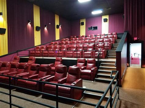movie theatres with reclining seats near me norwalk ohtheatre norwalk uec theatre 8 uec movies