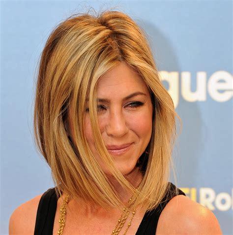 modern rachel hairstyles jennifer aniston new haircut photos