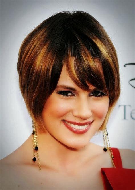 model rambut pendek  wajah bulat model rambut terbaru