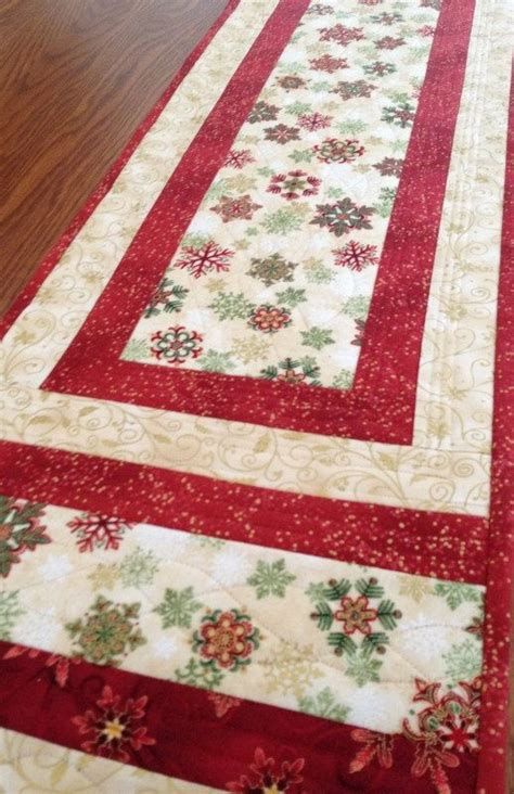 snowflake quilt pattern table runner best 25 table runners ideas on