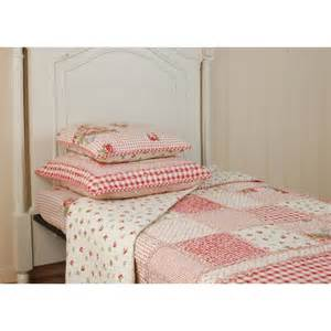 boutis couvre lit type patchwork shabby 300x260 cagne