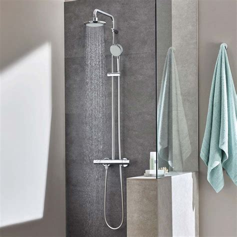 Grohe New Tempesta Cosmopolitan System 200 Shower System 26305000 grohe new tempesta cosmopolitan 160 shower system
