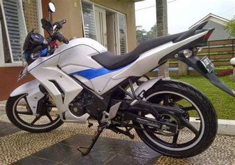 Half Fairing New Cb150r Model Hitam Doff half fairing cb150r modifikasi id fairing store