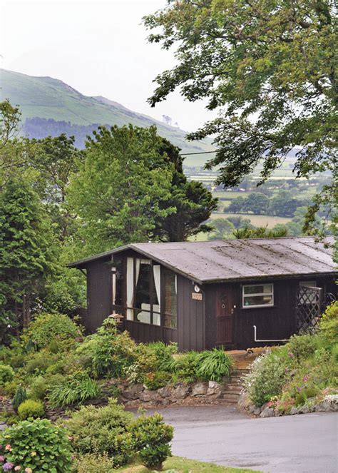 Cheap Cottages Wales by Bryncrug Parks And Caravan Holidays In Gwynedd In