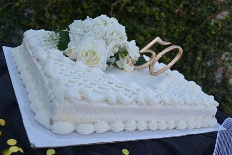 Best 25  Costco cake ideas on Pinterest   Costco muffins