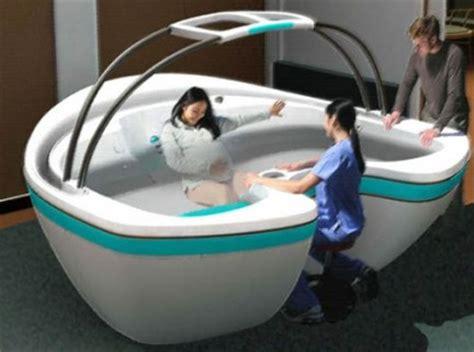 vasca parto in acqua le donne abruzzesi possono partorire in acqua l ospedale