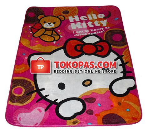 Karpet Karakter Doraemon Merah karpet karakter selimut bulu lembut kartun bunga