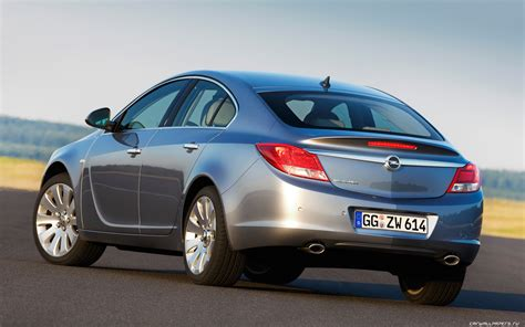 opel 2014 models 2014 opel insignia hatch pictures information and specs