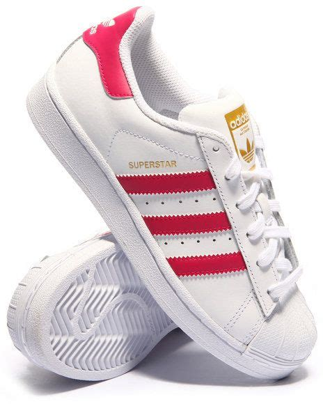 inspired by the iconic 70s basketball shoe the adidas originals superstar downsizes the