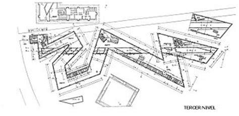 Jewish Museum Berlin Floor Plan by Urban Voids Jorge Gonz 193 Lez Il Bang Museo Ebraico A
