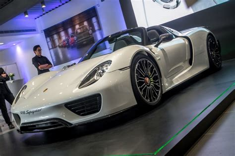 porsche electric supercar watch how a croatian all electric supercar beat a porsche