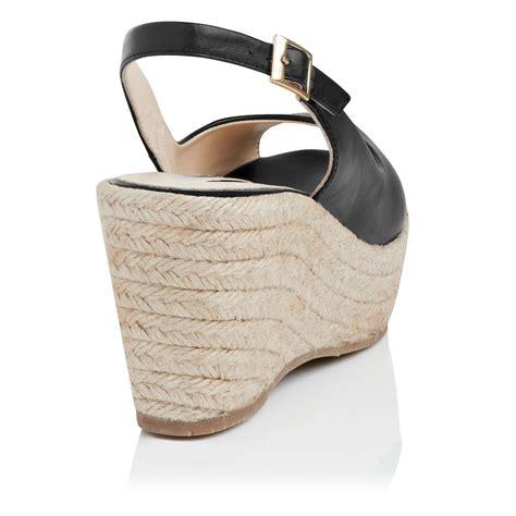 Sandal Wedges Lk Putih lyst l k april leather open toe wedge shoes in black