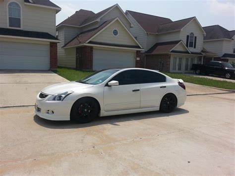 nissan altima blacked out 2010 nissan maxima white with black rims www imgkid com