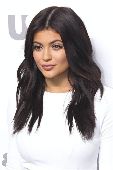 how to do kylies hair kylie jenner s hairstyles hair colors steal her style
