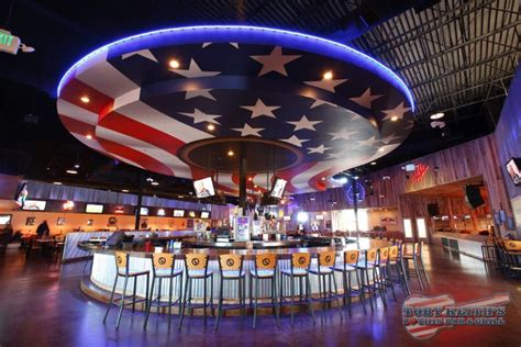 toby keith vegas bar toby keith s i love this bar grill locked out of west