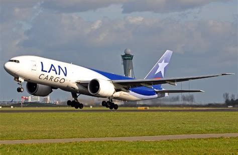 140 best cargo airlines lan cargo s a images on cargo airlines airplanes and aircraft