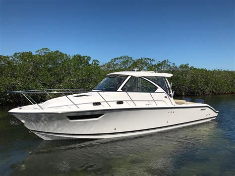 shop pursuit boats caribee boat sales islamorada fl 305 - Pursuit Boats Islamorada