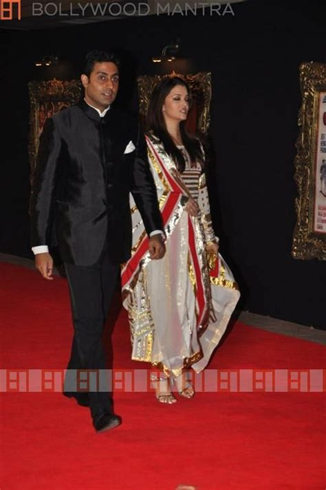 Studded Lyrics Premiere by Jab Tak Hai Jaan Photos Jab Tak Hai Jaan Images Ravepad