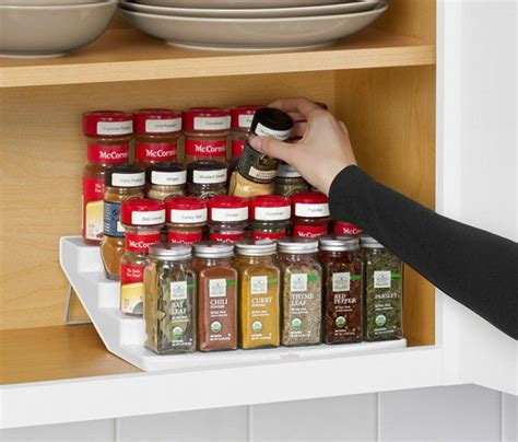 organizing the spices two twenty one 1000 ideas about spice cabinet organize on pinterest