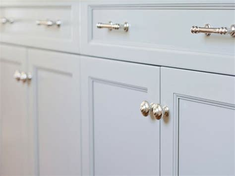 white kitchen cabinet handles knobs kitchen cabinets white cabinet handles white