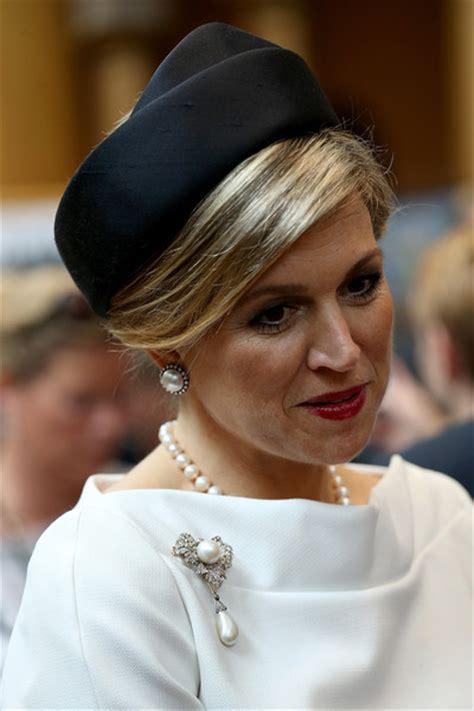 modanisa 2015 k l k b 252 y 252 k beden tesett 252 r abiye elbise royals fashion visite officielle aux usa 2i 232 me jour