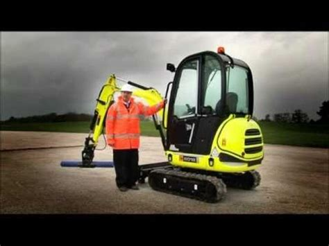 Topi Trucker Fail 4 mini escavatore jcb 8018 www edimac it doovi