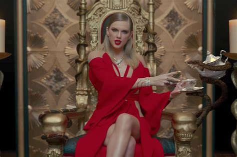 taylor swift dress lyrics meaning taylor swift look what you made me do music video