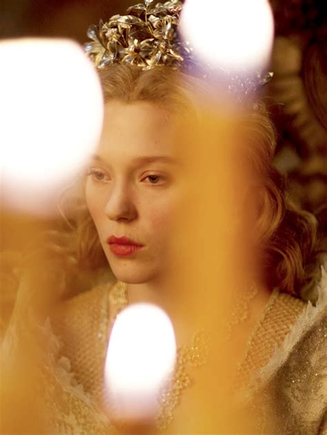 léa seydoux queen l 233 a seydoux la belle et la b 234 te 2014 queen desiree