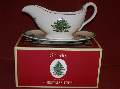 spode christmas tree sauce gravy boat and stand new