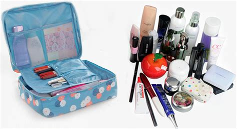 Travel Pouch Tas Make Up Bag Organizer Multi Pouch 2 Salem Polkadot tas travel bag in bag organizer untuk kosmetik dan sabun