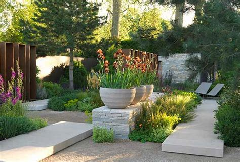 back yard designer contemporary landscaping ideas from andy sturgeon small