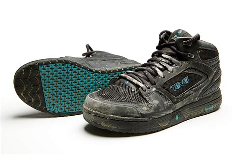 teva mountain bike shoes teva links mid shoe review mountain bike gear reviews